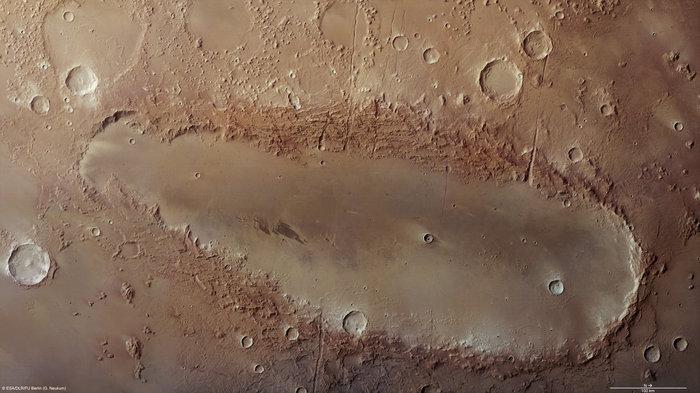 Orcus Patera: una nuova base su Marte Orcus_Patera_on_Mars_node_full_image_2