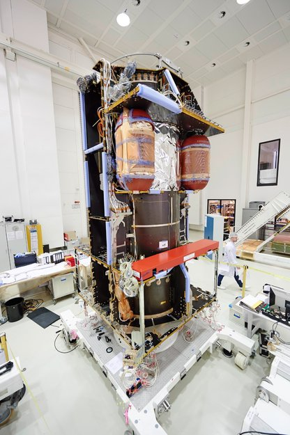 Préparation de la mission ExoMars 2016 (TGO + EDM) ExoMars_Trace_Gas_Orbiter_node_full_image