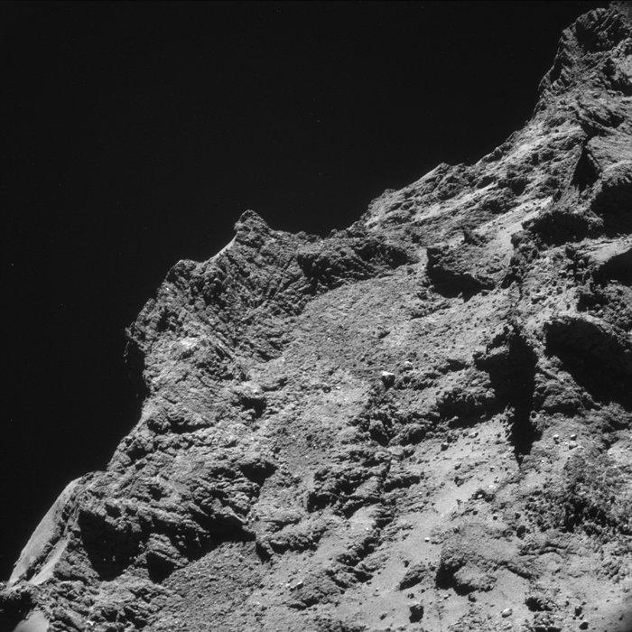 Philae: atterrissage et mission (partie 2) NAVCAM_top_10_at_10_km_2_node_full_image_2