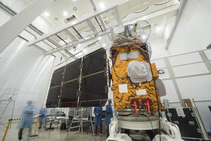 Vega VV05 (Sentinel-2A) - 23.6.2015 Stretching_wide_node_full_image_2