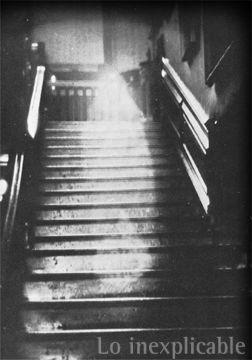 P.O MILENIO BIZARRO (Paranormal, criptozoología...) Chicago_ghost2