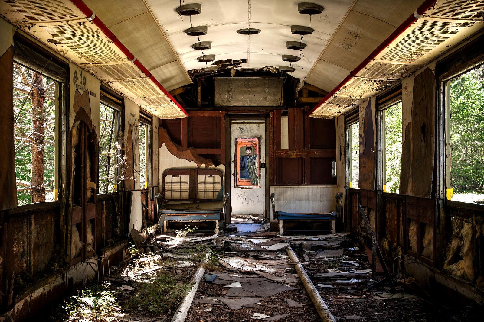 Los lugares abandonados más espectaculares de España Canfranc-3