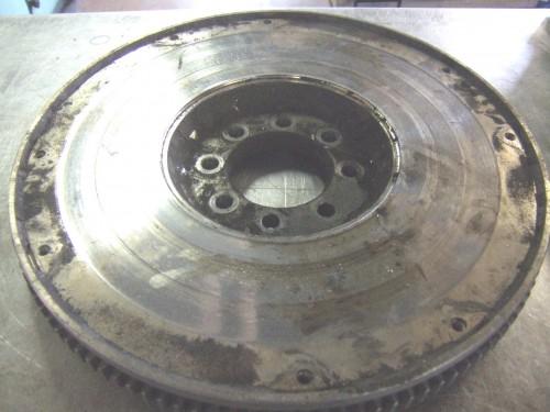 Rectife d'un volant inertiel plateau d'embrayage 9999_1192779240_Volant_moteur_etat_initial