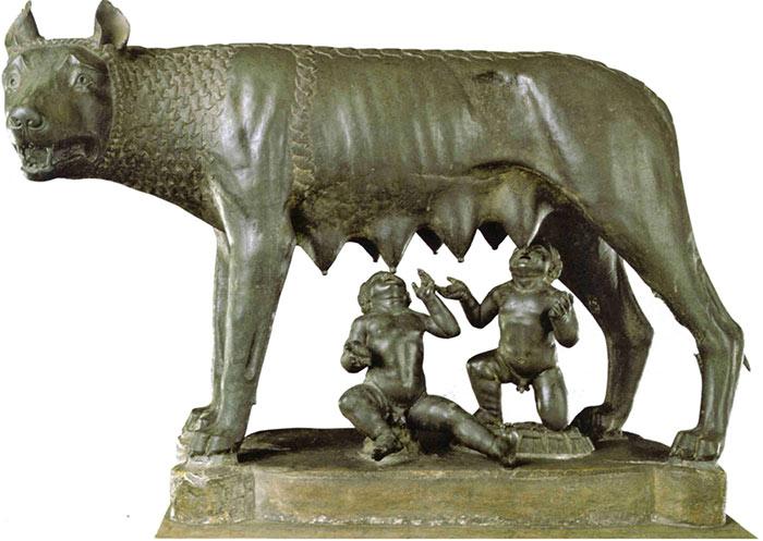 [Jeu] Association d'images - Page 17 Louve_romulus_statue
