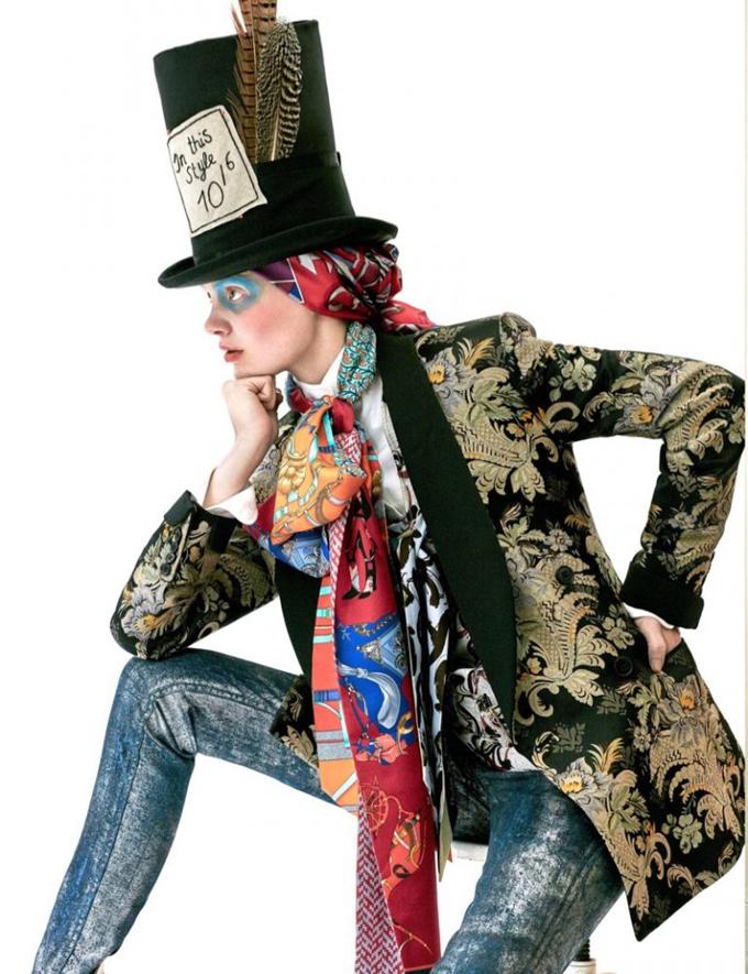 Интересное со всего света - Page 3 Alice-Wonderland-Vogue-Netherlands-Editorial06-768x999