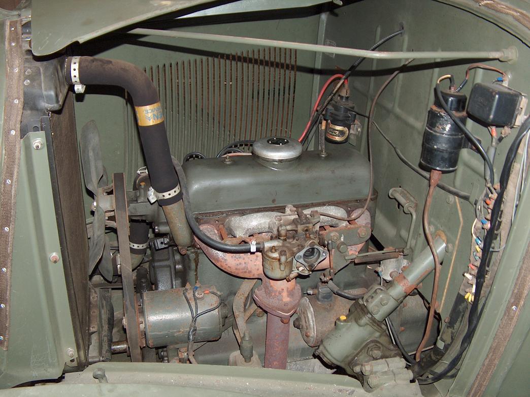 Citroën RU 23 1952 - Style militaire - Ru23moteurcotegauche