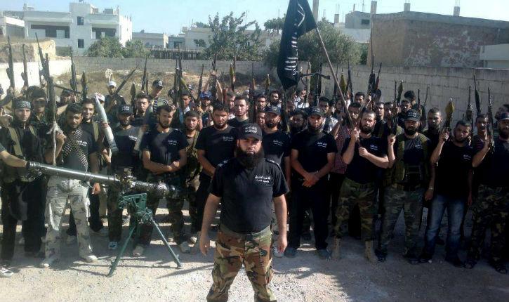 """Mes fils ont été """"conditionnés"""" par des jihadistes français - Page 7 Jihadistes-europ%C3%A9ens-en-Syrie"""