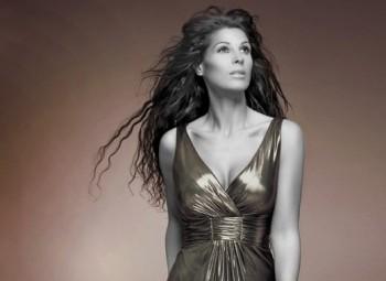 Coral Segovia | 1er single 'No te rindas' | A la venta el 2 de mayo | Teaser del videoclip disponible Sin_ano_24122011_034432_coral