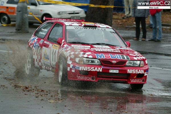 Almera Kit Car Salonen2