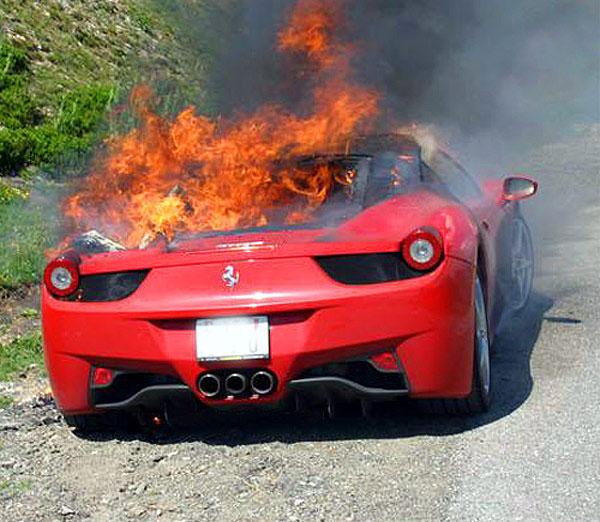 Granturismo S - il nostro primo anno ...... Ferrari-458-Italia-fire-2