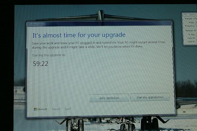 Windows Update error forces some users to upgrade to Windows 10 Windows-Update-Reschedule-Start-640x426