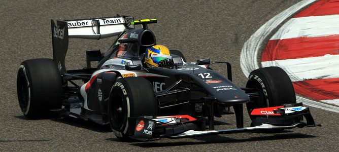 Lewis Hamilton se hace con la 'pole position' en el Gran Premio de China 2013 001_small