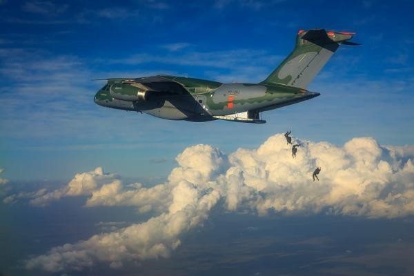 EMBRAER KC-390  - Página 40 I16622155300118222
