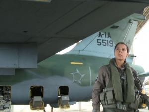 [Brasil] Aviadora da FAB faz primeiro voo solo em avião de combate I1155181724118620