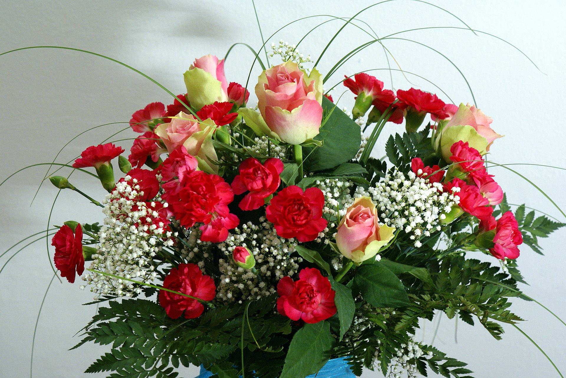 Anniversaire  lipstick Roses-bouquet-00452