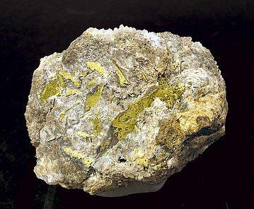 Ayuda identificar este mineral EL10F0fm