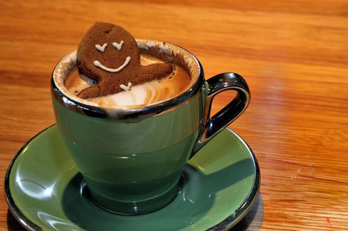 ห้องนอนของโจ๊กเกอร์ซัง Cute-food-gingerbread-coffee
