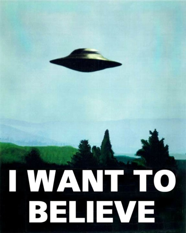 ETs em Confins? I-want-to-believe-X-Files-UFO