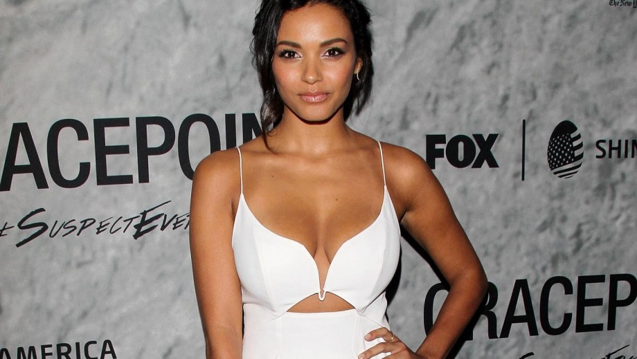 SERIES A GO GO  - Página 2 920_jessica-lucas-teases-what-to-expect-from-tabitha-in-gotham-season-2-5649