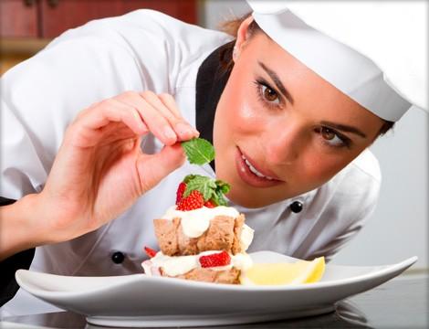 DIETA MEDITERRANEA : RECETAS COCINA ANDALUZA - Página 2 Cocina-con-chef-mujer