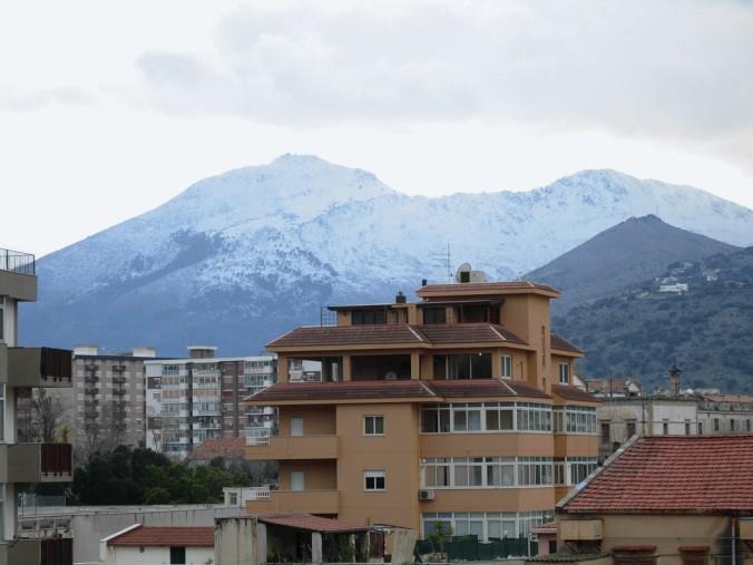 ....... e nevica ancora 2012214171337_neve14-02-12