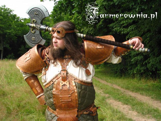 [Déguisiment de Nains] Pour les puristes... Gald_dwarf_runesmith_armor_01