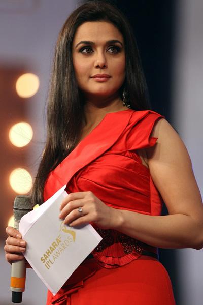 Preity hara 2 peliculas mas despues de ishq in paris ¡¡ Bollywood-actress-preity-zinta