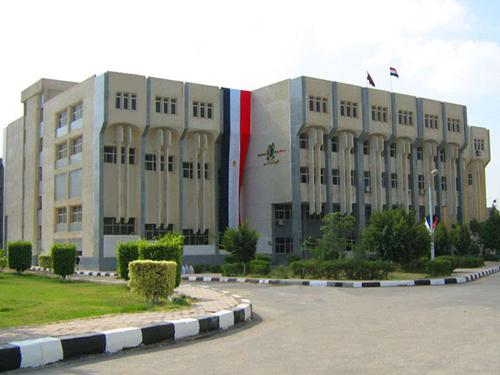 جامعة الفيـــــــوم......بالصــــ ــور 46