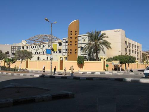 جامعة الفيـــــــوم......بالصــــ ــور 54