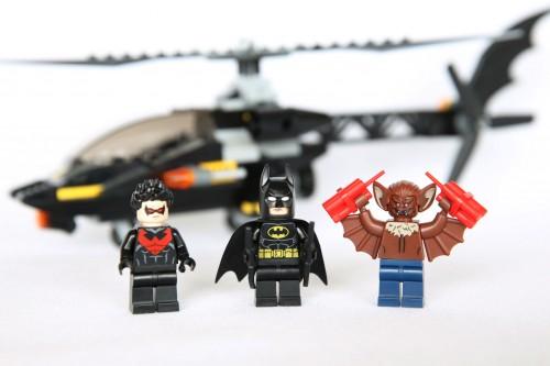 76011 Batman: Man-Bat Attack Review 76011-Batman-Man-Bat-Attack-1-500x333