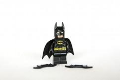76011 Batman: Man-Bat Attack Review 76011-Batman-Man-Bat-Attack-3-242x161