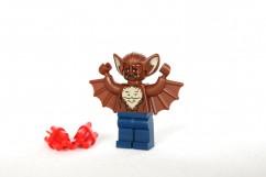 76011 Batman: Man-Bat Attack Review 76011-Batman-Man-Bat-Attack-6-242x161