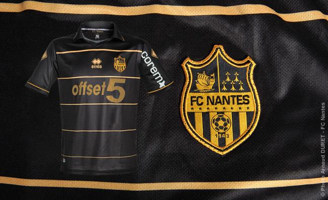 Actualite de Nantes - Page 3 3maillot200612