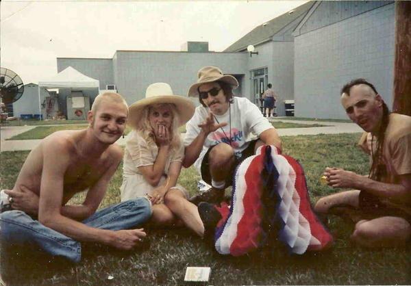 Tus fotos favoritas de los dioses del rock, o algo - Página 6 Layne-staley-les-claypool-maynard-kat-Lollapalooza-1993-tool-primus-alice-in-chains