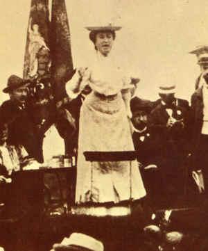 Biografías de Mujeres Socialistas. Rosa%20-%20miting