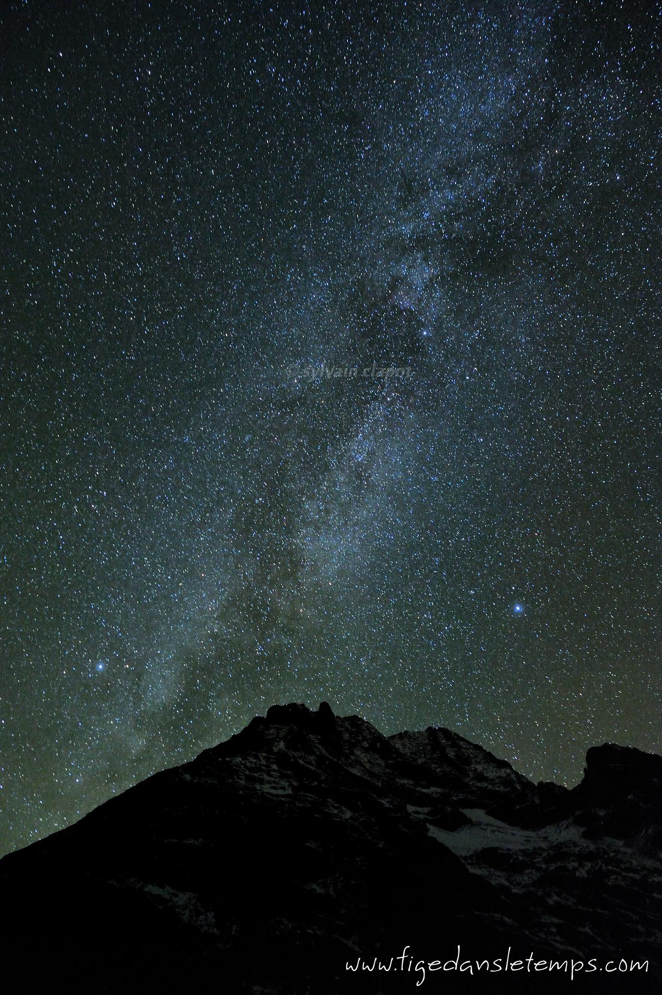 [Article] Paysage nocturne (étoiles fixes) DSC_3181