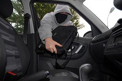 Vítima encontra ladrão ao aceder remotamente o próprio portátil roubado SS-2011-03-23_21.22.20