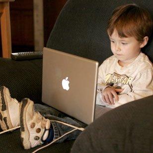 20 mil crianças mentem sobre a idade no Facebook SS-2011-03-24_17.30.42