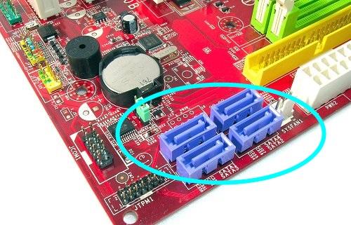 [DOSSIER] Disque Externe et l'USB 3 ? Sata_plugs