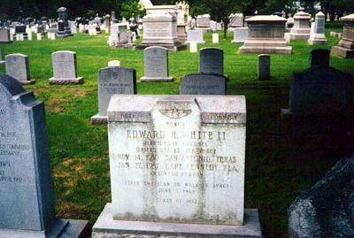 Quelques tombes célèbres Whiteedward
