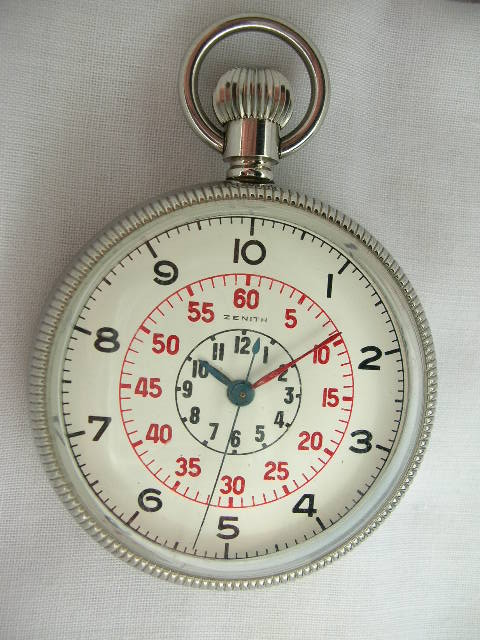 Un chrono très atypique R336
