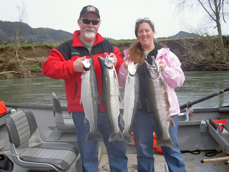 Ribolov na fotkama - Page 2 Couples%20fishing%20trip%20oregon