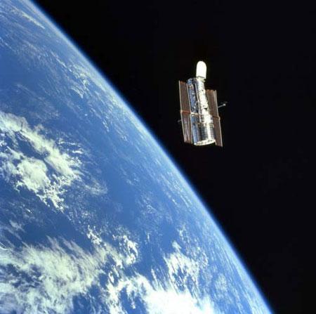 Novembre 2012 - Installation de la délégation interministérielle contre la violence scolaire d'Eric Debarbieux Hubble01