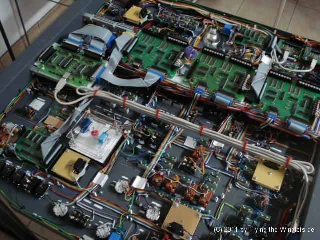 Overhead 737NG - Ajuda na montagem sistema eletrônico Overhead1