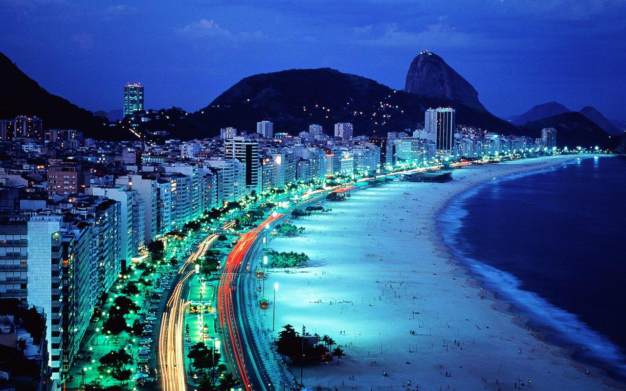 Brazil - Page 4 Copacabana-Night_Rio_de_Janeiro_Brasil