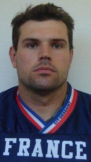 Football américain (NFL) Nicolas-prevost-capitaine-et-linebacker