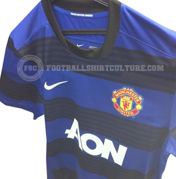 Maillots [2012-2013] Manchester_United_1112_nike_away_leaked(1)