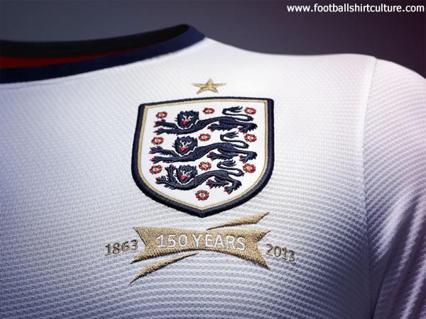 [England] 3 Lions - Page 7 England-13-14-nike-football-shirt-150th-anniversary-e