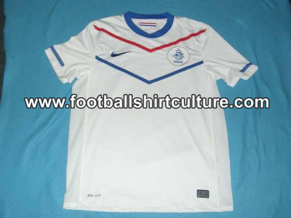 Les qualifiés pour 2010 - Page 7 Holland-world-cup-2010-away-nike-shirt-leaked