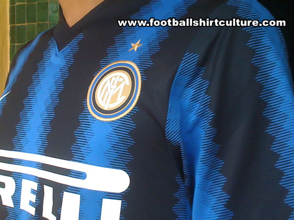 Maillot [2010-2011] - Page 2 Inter-milan-10-11-nike-home-shirt-leaked-d
